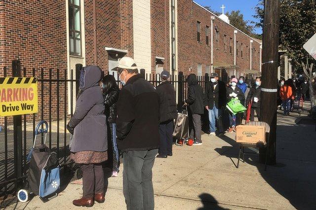Ethnic churches feed neighbors