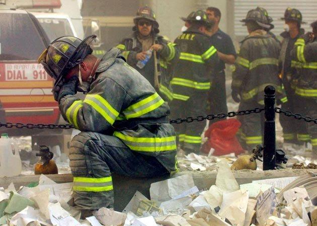 Praying Firefightr 9/11