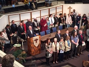 Leaders of many faiths led a gathering in support of Muslims and against extremism and religious prejudice.