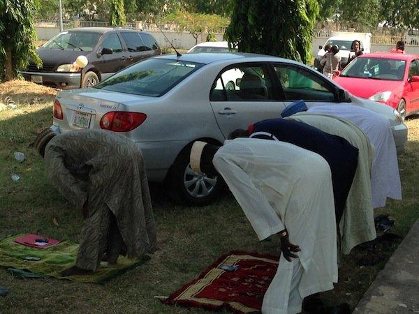 Nigerian Muslims Pray