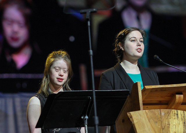 Sisters Read Scripture