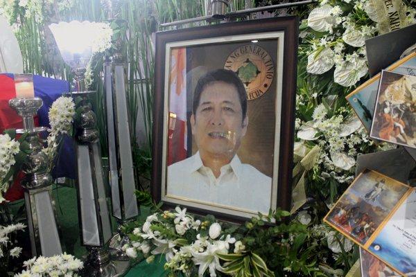Filipino Mayor Slain