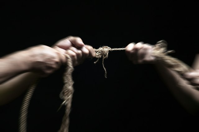 Shredded rope tug of war