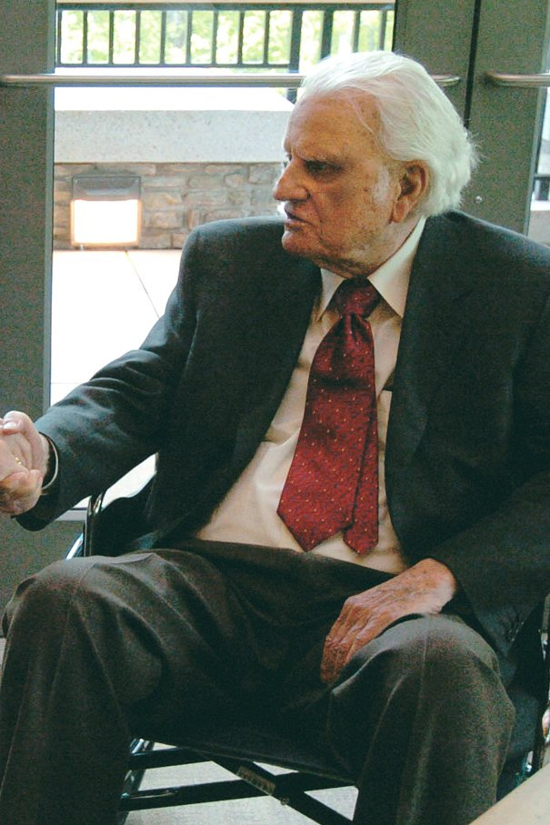 Billy Graham-606x907.JPG