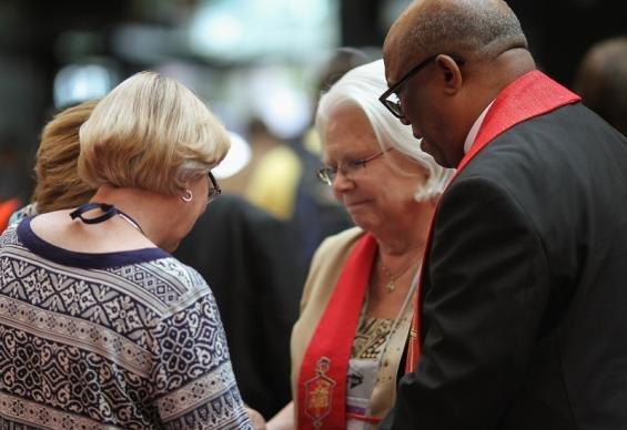 Praying with Bishop Bledsoe
