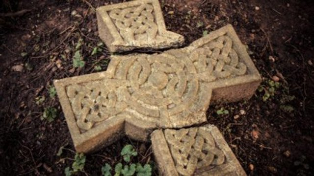 Broken Celtic Cross