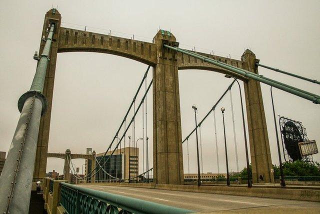 Fr. Louis Hennepin Bridge