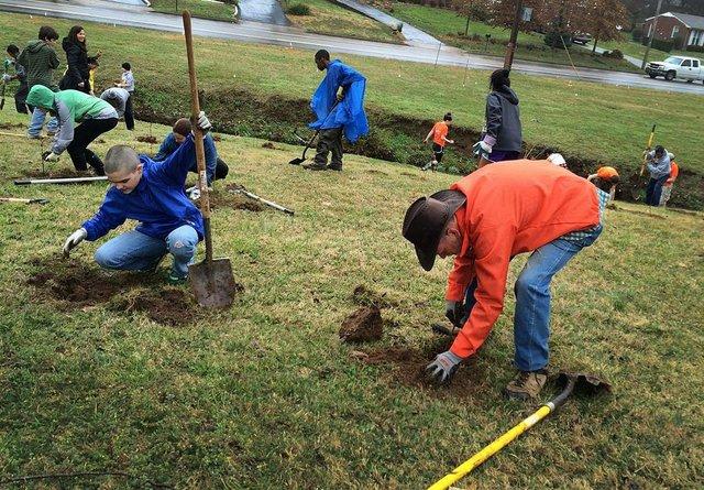 Hillcrest UMC Tree Planting