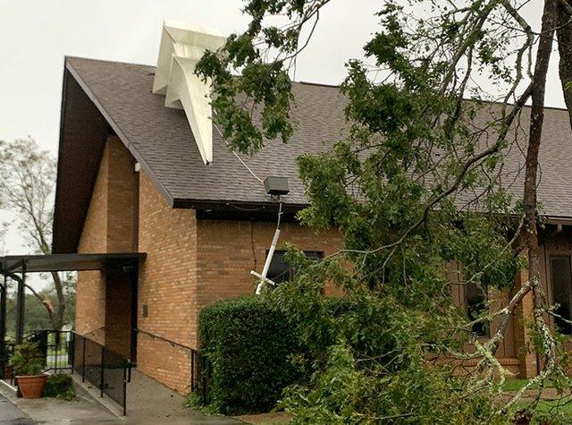 Hurricane Sally topples steeple