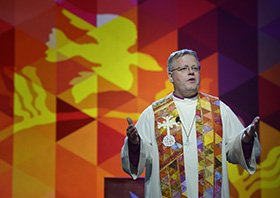Bishop Alsted preaching
