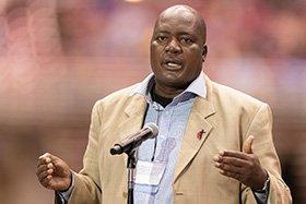Forbes Matonga at mic