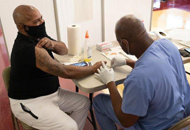 Meharry -- Vaccination Sleeve