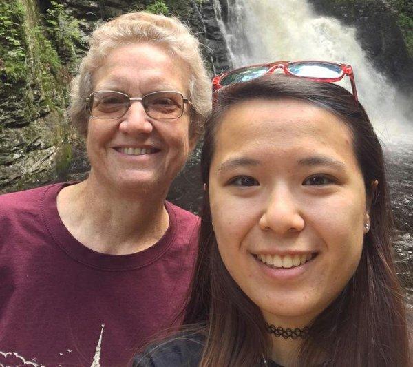 Mei-Ling & Mom