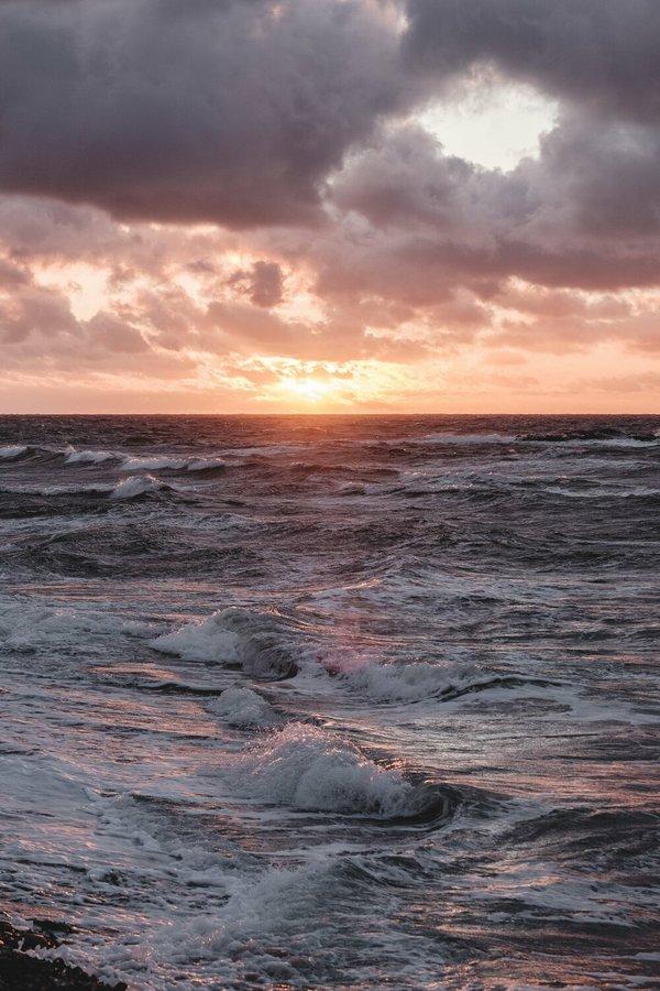 Sea splitting